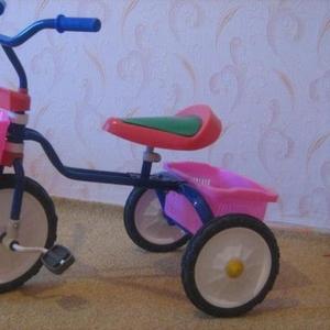 Продам велосипед трехколесный