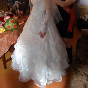 Белое свадебное платье в отличном состоянии
