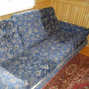 Продам диван и 1 кресло.