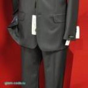 Продается мужской костюм. Кожаный пиджак.
