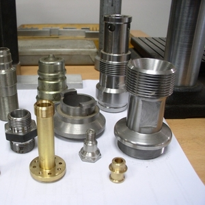 Детали из металла на заказ на  токарном станке автомате